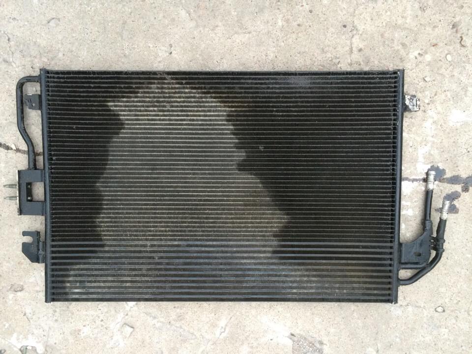 Течет радиатор автомобиля