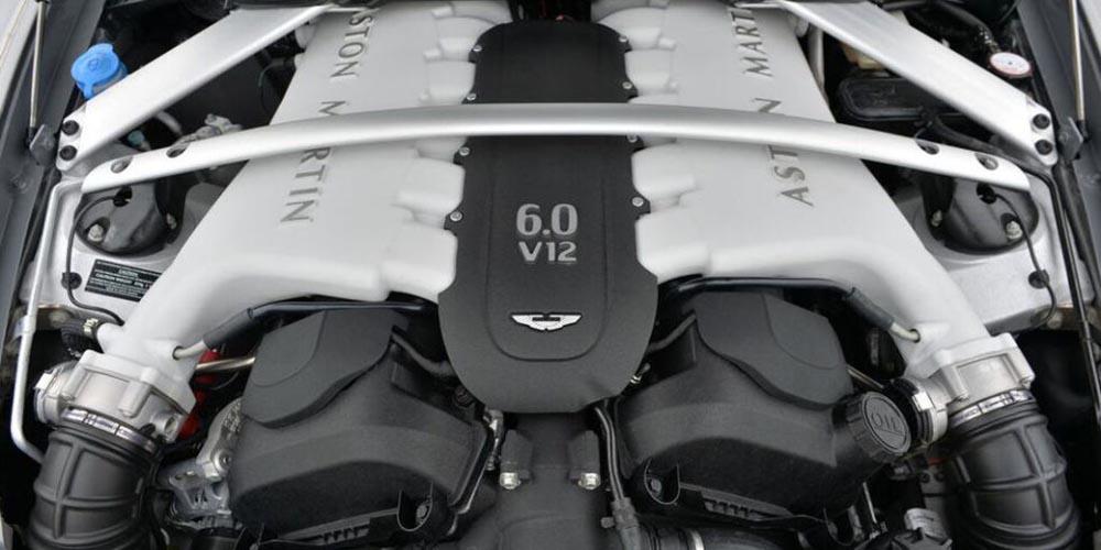 12-цилиндровый двигатель марки