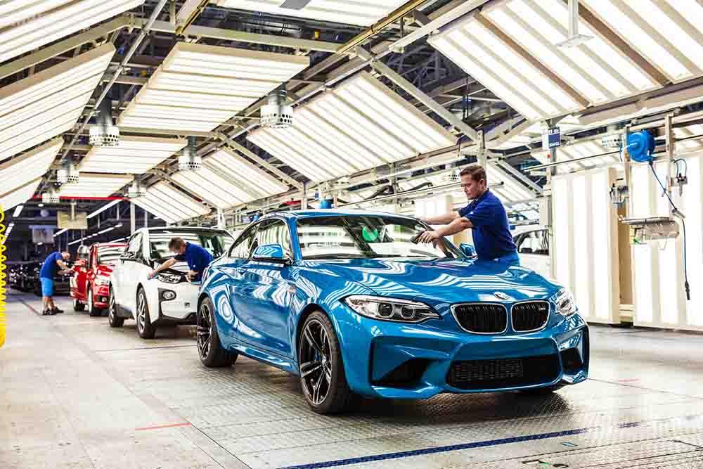 Производство автомобилей компании в Лейпциге
