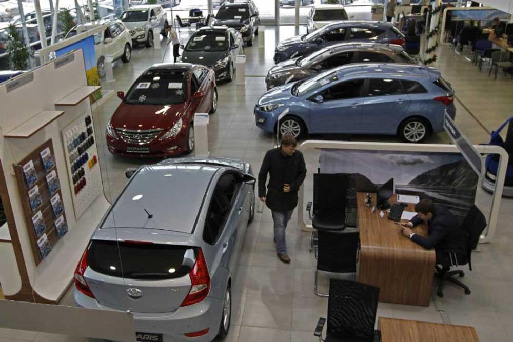 Из-за ослабления рубля всё меньше людей могут себе позволить новое автотранспортное средство