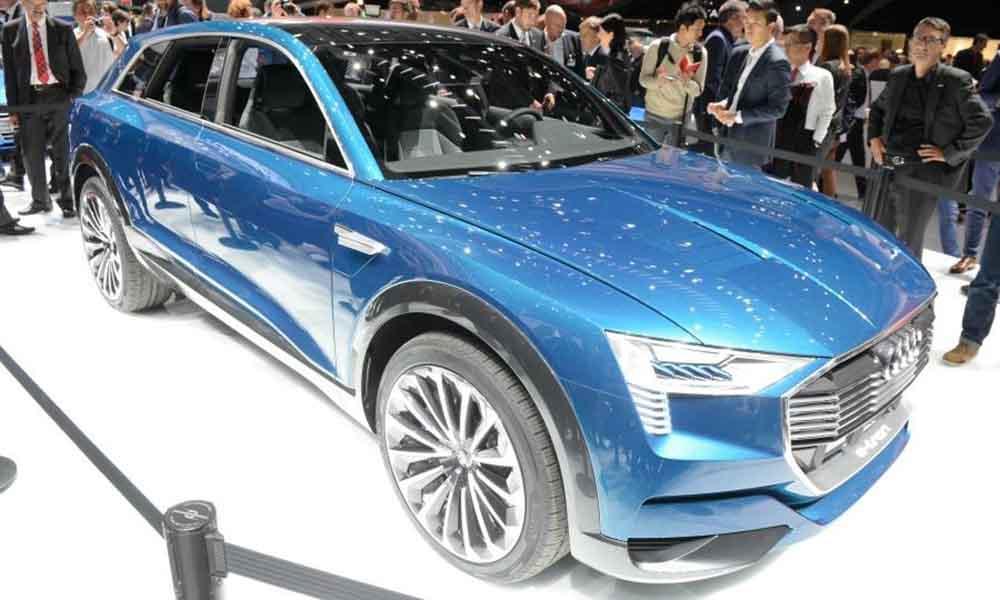 Первый электрический кроссовер Audi будет базироваться на концепте E-tron Quattro, представленном на автосалоне во Франкфурте в прошлом году