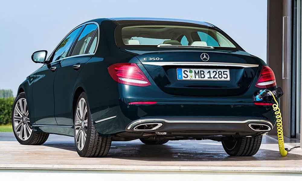 Подключаемый гибрид Mercedes-Benz E 350 e появится вскоре после старта продаж