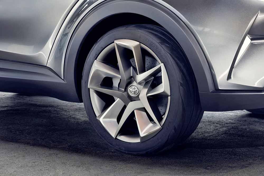 Будут ли колёса новой серийной версии такими же футуристическими, посмотрим
