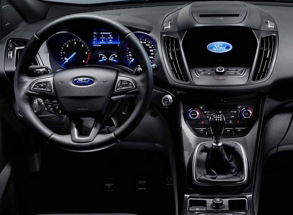 Обновление коснулось в целом системы управления малого кроссовера Ford Kuga