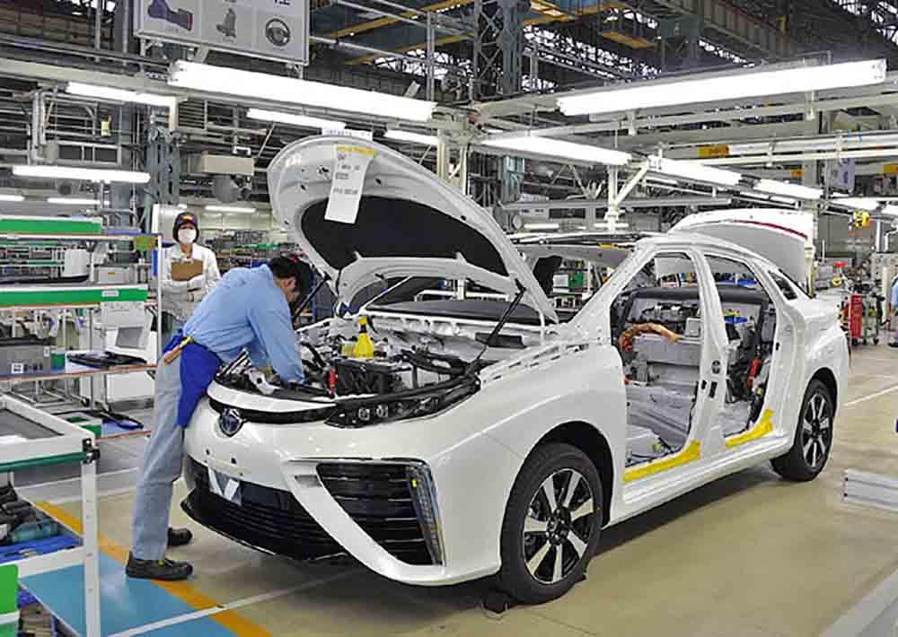 Тойота приостанавливает все свои предприятия в Японии на целую неделю