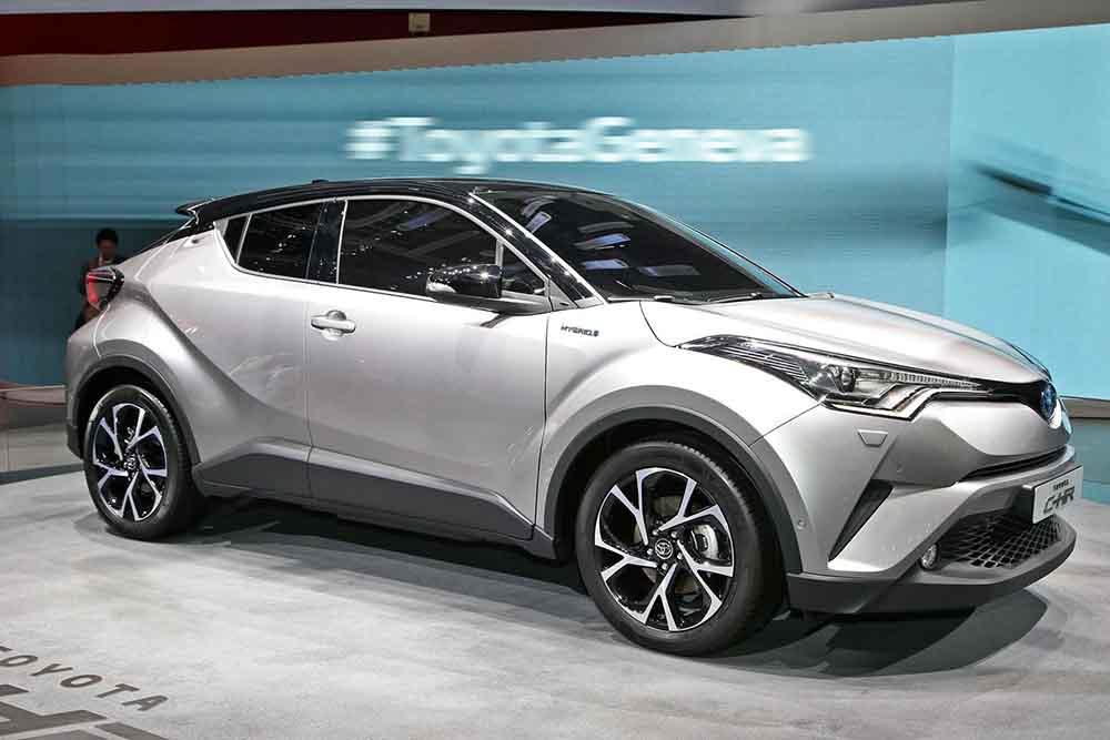 Компактный кроссовер Toyota C-HR
