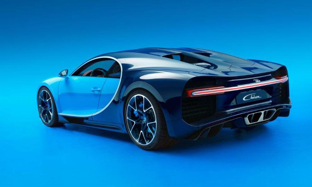 Кузов автомобиля выполнен из углеродного волокна
