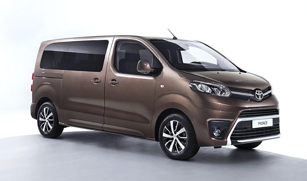 Минивэн Toyota Proace Verso