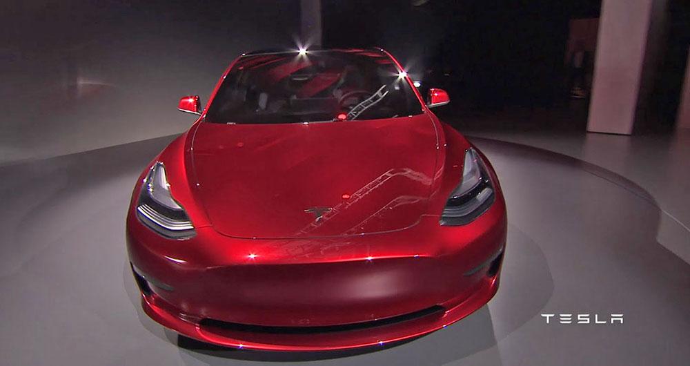 Представлена Модель 3 от компании Тесла