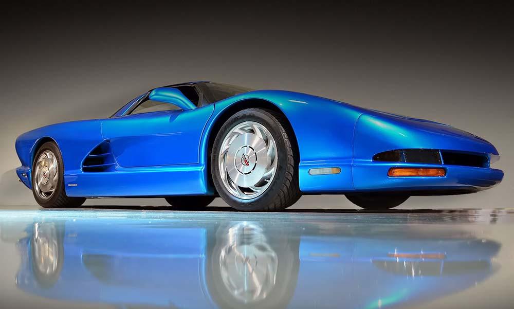 Chevrolet Corvette вскоре выйдет с центральномоторной компоновкой