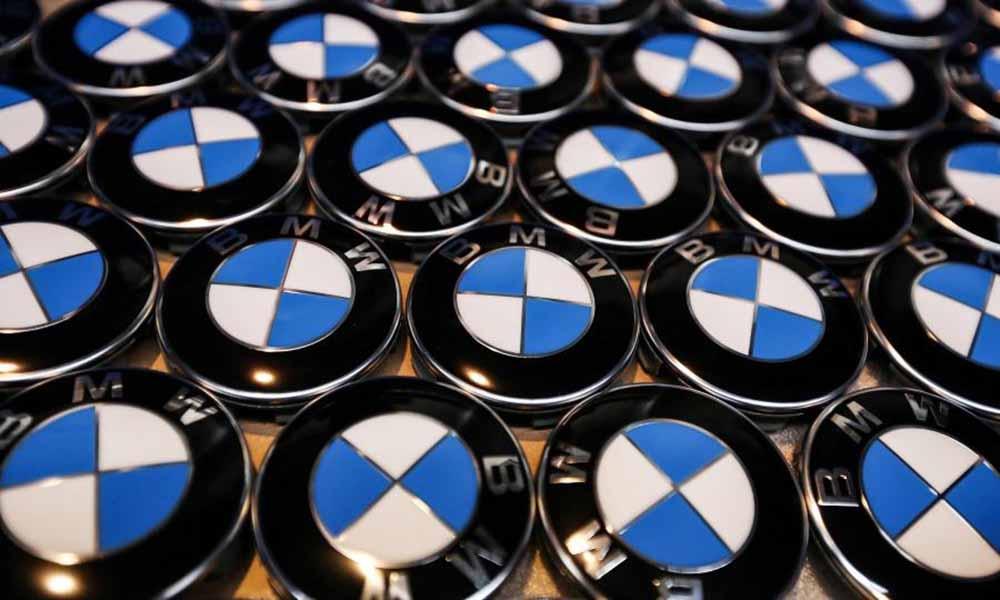 BMW работает над созданием автономного управления авто