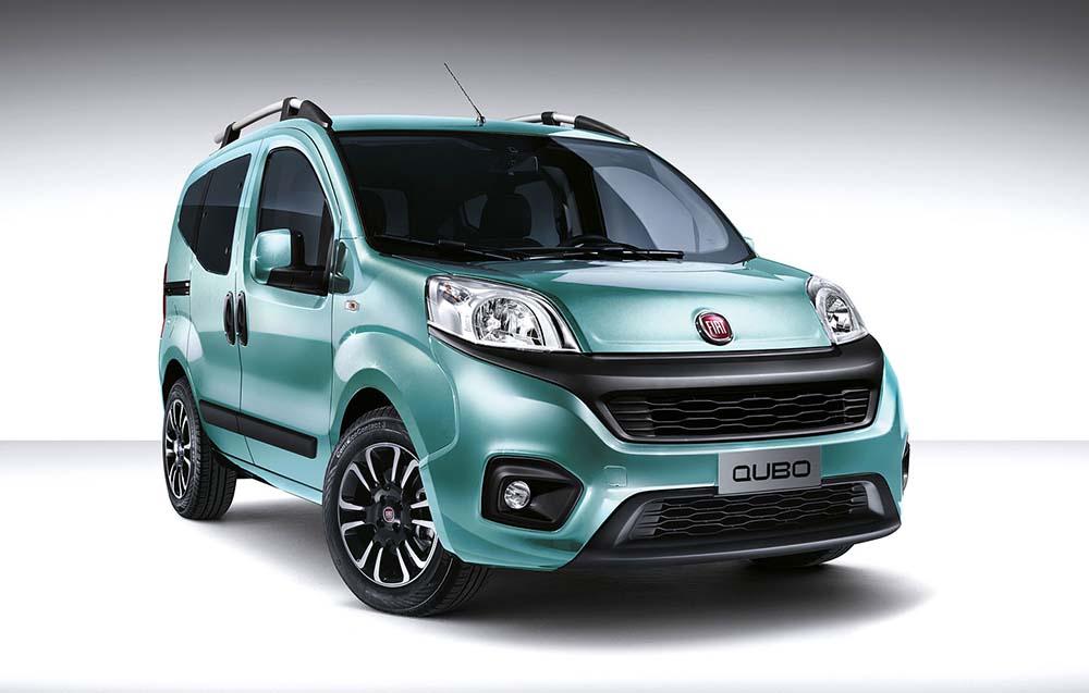 Fiat Qubo в синем цвете Azure