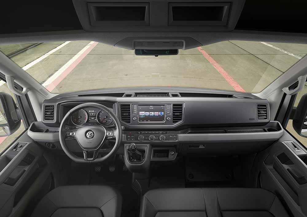 Передняя панель нового авто