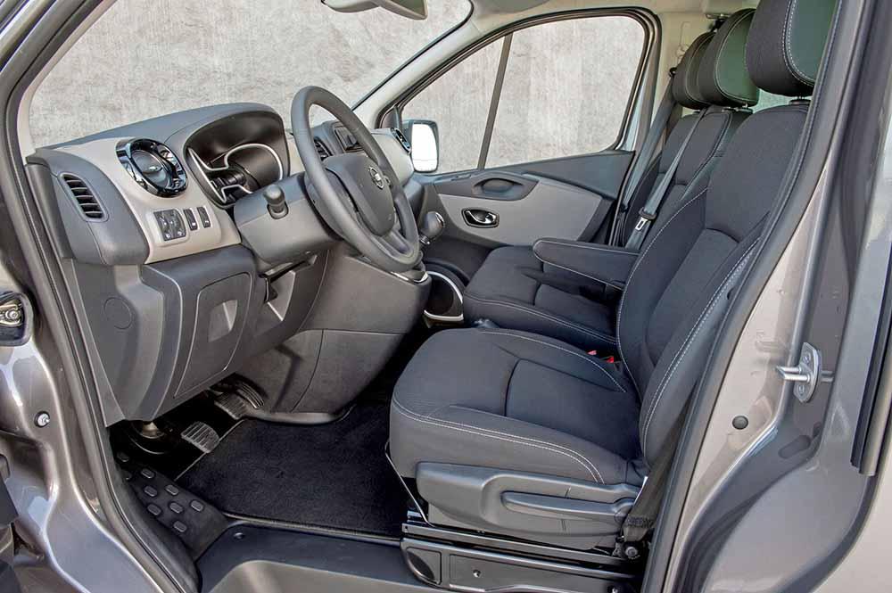 В кабине нового поколения фургона