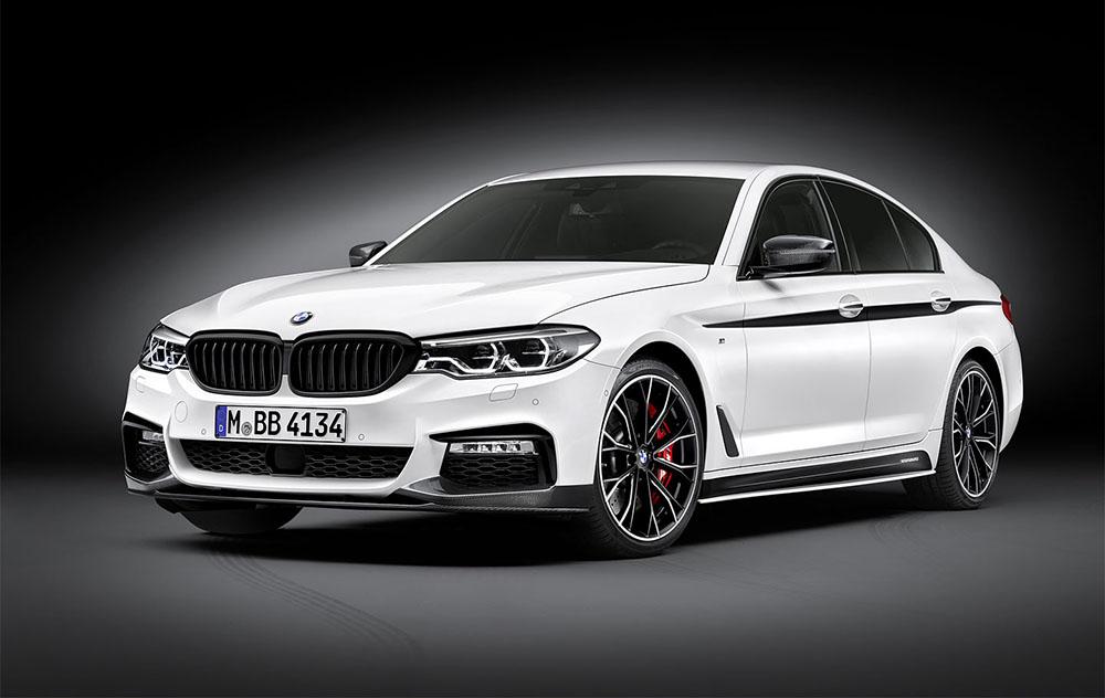 BMW M550i xDrive с восьмицилиндровым мотором