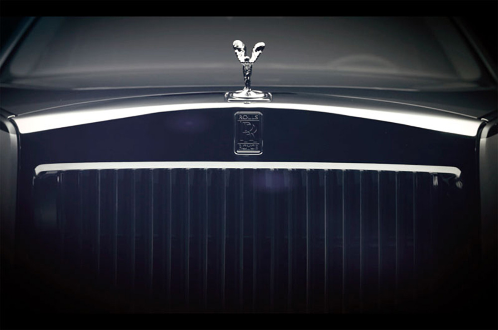 Решётка радиатора Rolls-Royce Phantom