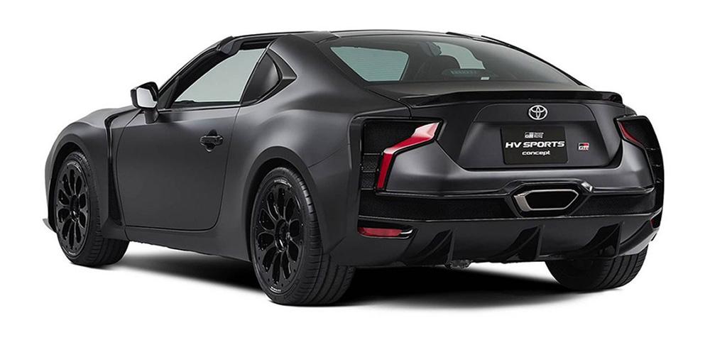 Сзади узнаётся первооснова в виде купе GT86