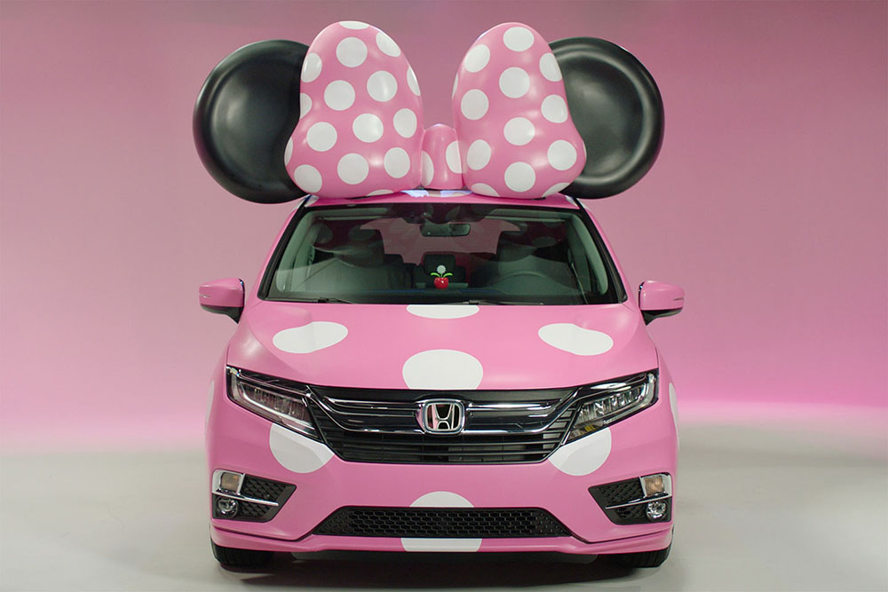 Розовый Honda Minnie Van