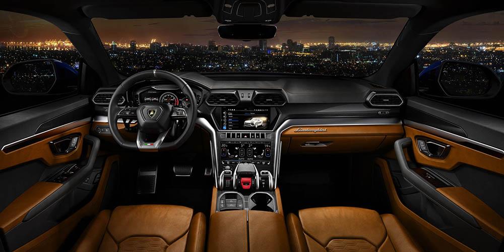Передняя панель Lamborghini Urus