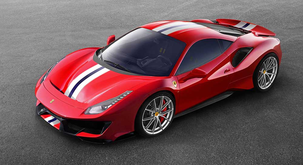 Автомобиль Ferrari 488 Pista