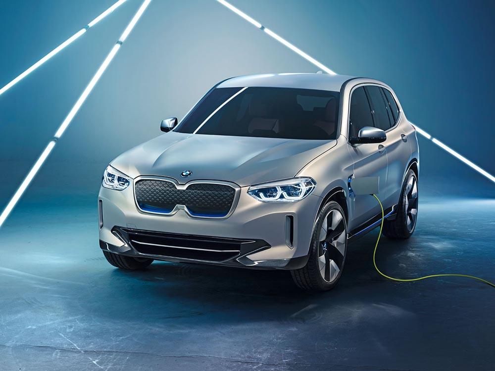 Концепт BMW iX3