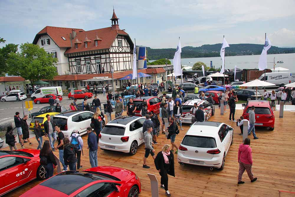 Встреча любителей GTI Treffen на озере Вертерзее