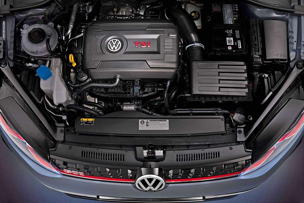 Мощный турбированный двигатель