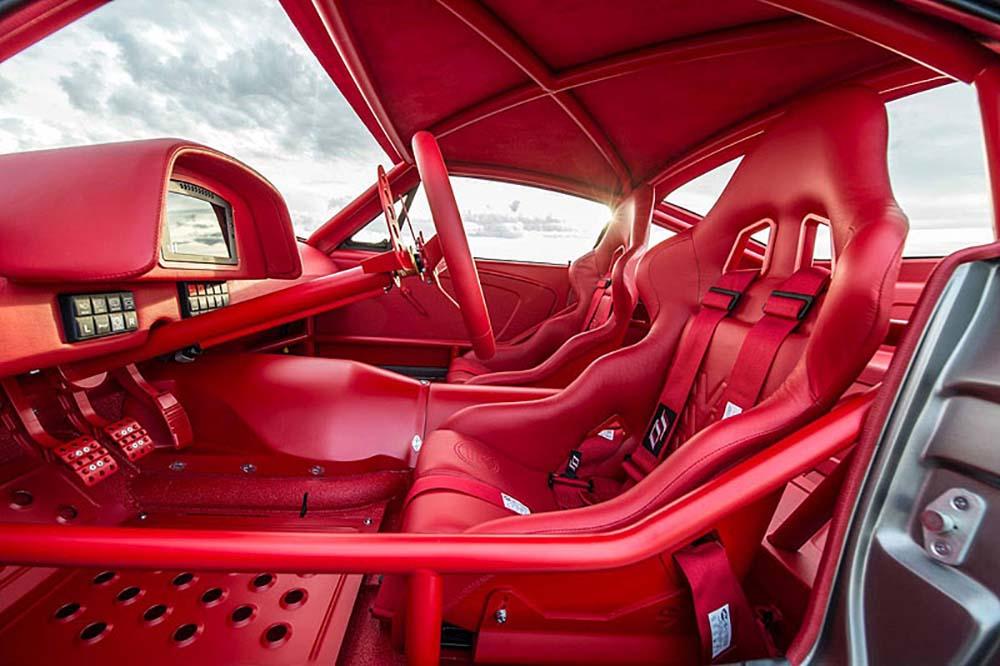 Салон автомобиля стоимостью один миллион долларов