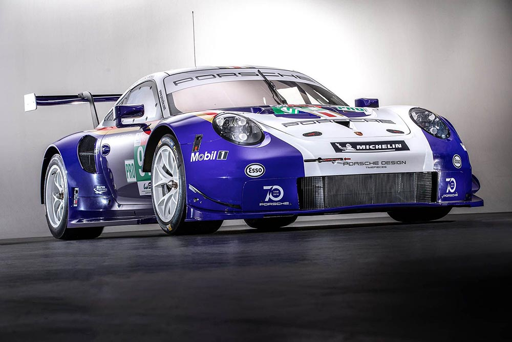 Porsche 911 RSR в цветах Rothmans