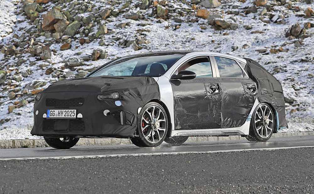 Kia Proceed GT в камуфляже
