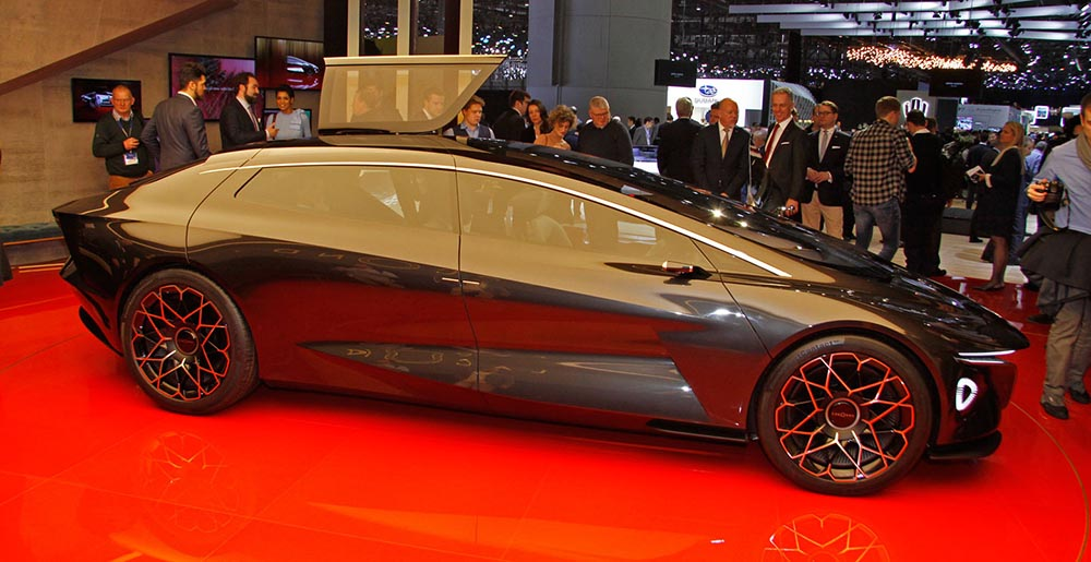Концепт Aston Martin Lagonda Vision