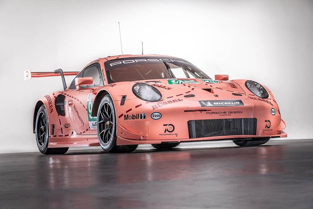 Розовый Porsche 911 RSR