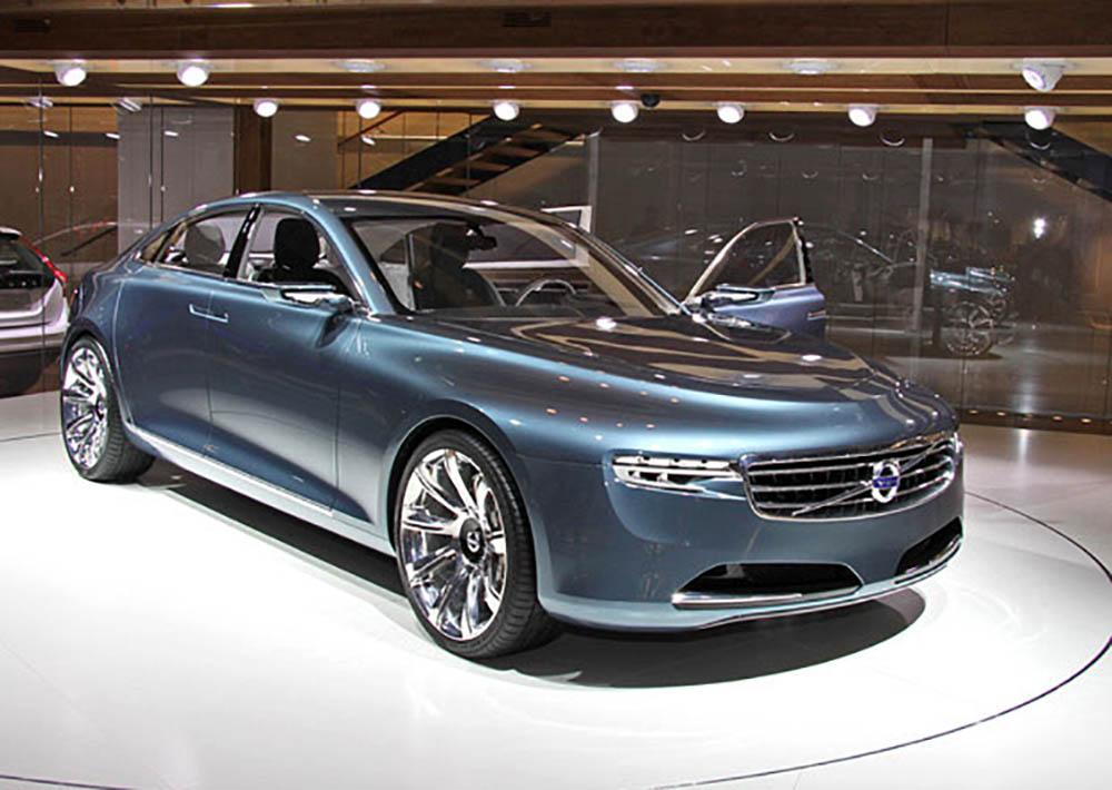 Один из автомобилей Volvo на автовыставке в Женеве