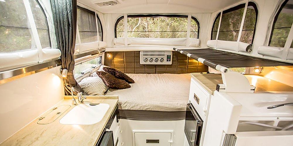 Жилое пространство внутри автодома