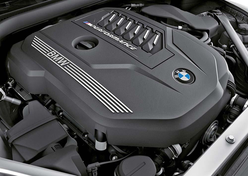 Рядный бензиновый шестицилиндровый двигатель